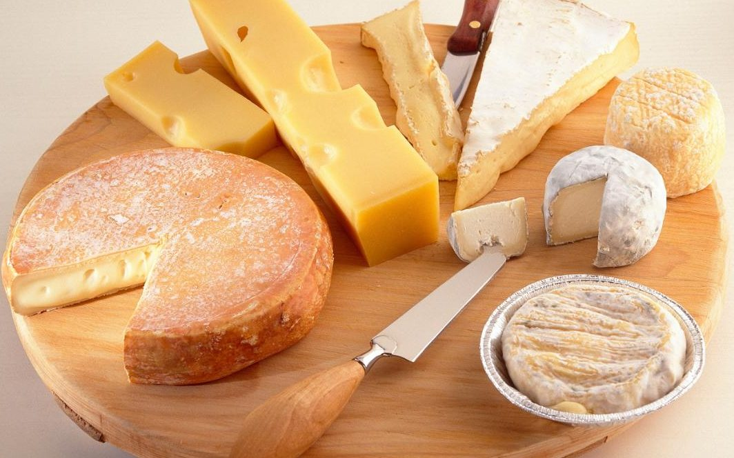 Можно ли есть сыр при диете и какой именно вид?